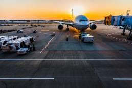 Ticketclaim-vlucht-vertraagd-geannuleerd-vliegtuig-wachten-schiphol